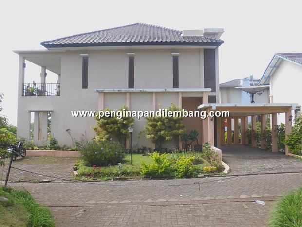 Villa Istana Bunga Villa Blok C2 5 kamar