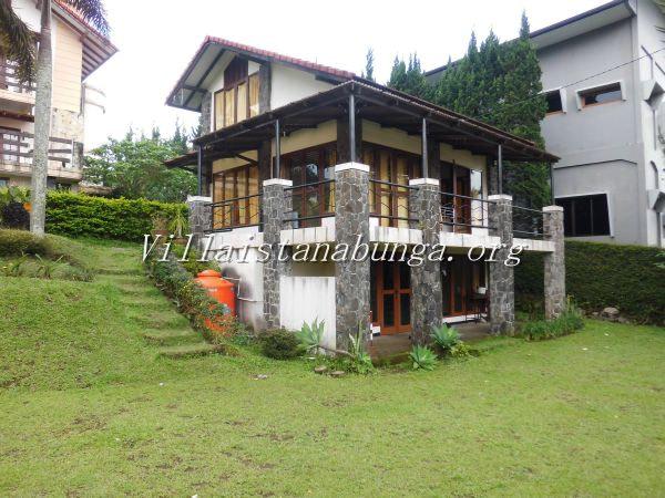 Villa Istana Bunga Villa Hari 1 Kamar