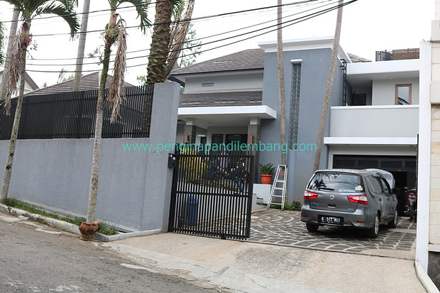 villa-setia-budi-3-kamar-private-pool