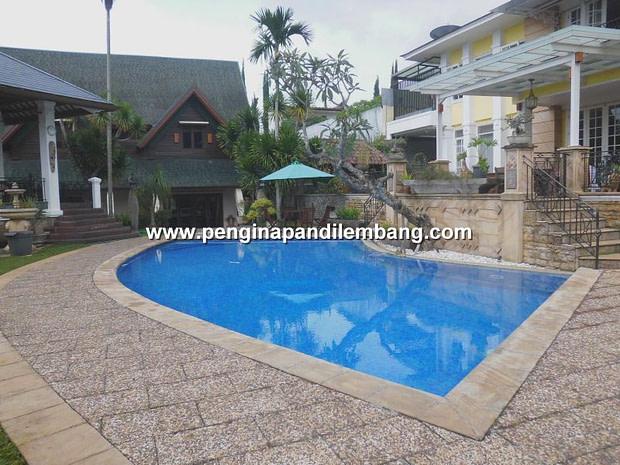 Villa Emilie Cipaku Bandung 5 Kamar Fasilitas Kolam Renang
