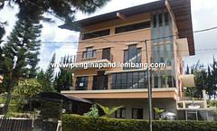 Villa Istana Bunga Villa Pelangi Kasih 3 kamar