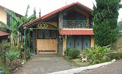 Villa Istana Bunga Villa Heru Block E9 3 Kamar