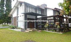 Villa Istana Bunga Villa Empis 3 Kamar